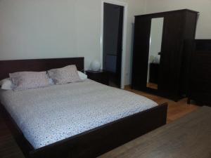 Apartamentos Turia, Apartmanok  Valencia - big - 129