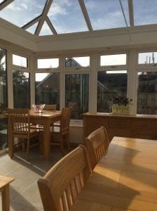 Weston Cottage, Bed & Breakfast  Poole - big - 43