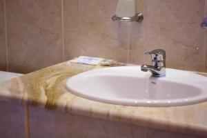 Astoria Lux, Hotel  Dnipro - big - 4