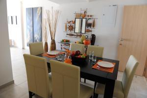 Polyxenia Isaak Luxury Villas and Apartments, Apartments  Protaras - big - 35