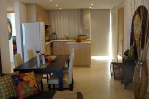 Polyxenia Isaak Luxury Villas and Apartments, Apartments  Protaras - big - 7