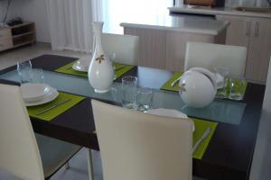 Polyxenia Isaak Luxury Villas and Apartments, Apartments  Protaras - big - 22