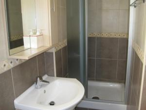 Polyxenia Isaak Luxury Villas and Apartments, Apartments  Protaras - big - 21