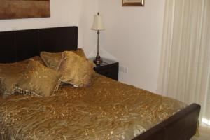 Polyxenia Isaak Luxury Villas and Apartments, Apartments  Protaras - big - 12