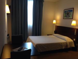 Appart'hôtel Saint Jean, Apartmanhotelek  Lourdes - big - 29