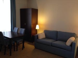 Appart'hôtel Saint Jean, Apartmanhotelek  Lourdes - big - 24