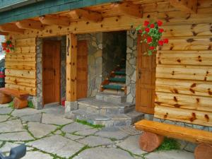 Penzion a drevenica pri Hati, Vendégházak  Terhely - big - 45