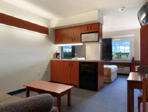 Microtel Inn and Suites by Wyndham Bossier City / Shreveport, Hotels  Bossier City - big - 4
