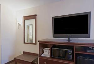 Americas Best Value Inn Saint Robert/Fort Leonard Wood, Hotels  Saint Robert - big - 16