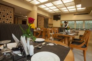 Hotel Athena, Hotels  New Delhi - big - 25