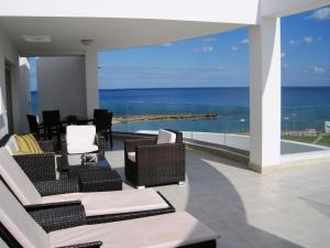 Polyxenia Isaak Luxury Villas and Apartments, Apartments  Protaras - big - 19