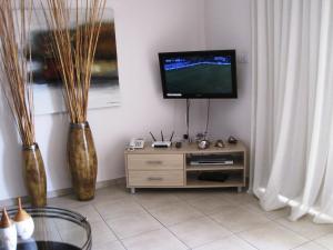 Polyxenia Isaak Luxury Villas and Apartments, Apartments  Protaras - big - 17