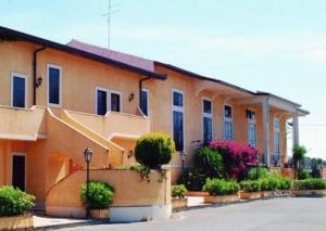 Ares Hotel - AbcAlberghi.com