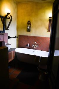 Dio Dell Amore Guest House, Bed and Breakfasts  Jeffreys Bay - big - 39