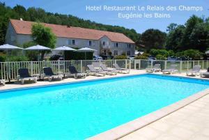 Hotel Le Relais des Champs, Отели  Eugénie-les-Bains - big - 1