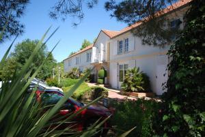 Hotel Le Relais des Champs, Отели  Eugénie-les-Bains - big - 15