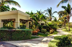 Pueblo Bonito Emerald Luxury Villas and Spa All Inclusive