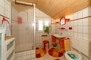 Ferienwohnungen Claus, Apartmanok  Frauenau - big - 12
