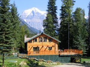 Mountain River Lodge