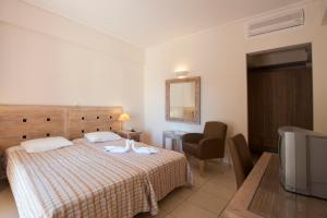 Alonissos Beach Bungalows And Suites Hotel, Курортные отели  Алонисос - big - 20
