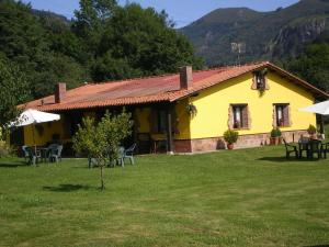 Apartamentos Rurales El Buxu