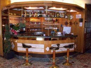 Hotel Angelini, Hotely  Nago-Torbole - big - 31