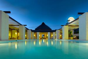 Grand Palladium White Sand Resort and Spa - All Inclusive