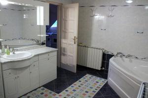 Beáta Apartman, Apartmány  Gyula - big - 26