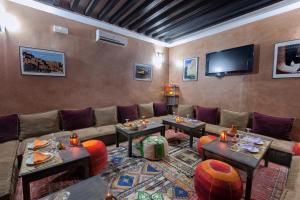 Hotel Azoul, Szállodák  Ouarzazate - big - 82