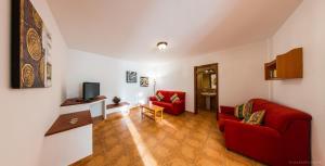 Apartamentos Villa María, Apartmány  Los Llanos de Aridane - big - 72