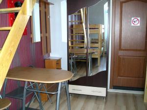 Uyut Hostel, Hostels  Odessa - big - 11