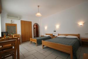 Aegeon Hotel, Hotels  Naxos Chora - big - 12