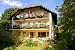 Bavaria Biohotel, Hotely  Garmisch-Partenkirchen - big - 1