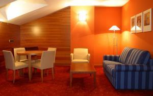 Hotel Silvota, Отели  Lugo de Llanera - big - 9