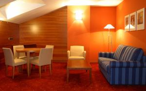 Hotel Silvota, Hotely  Lugo de Llanera - big - 9