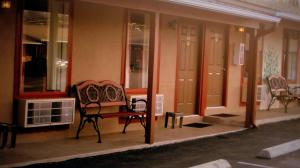 Sunset Inn and Suites, Motelek  Fredericksburg - big - 12