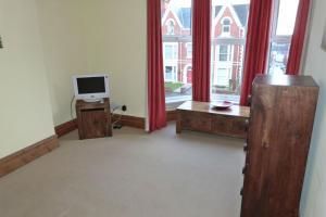 Hurst Dene Hotel, Bed & Breakfasts  Swansea - big - 23