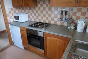Hurst Dene Hotel, Bed & Breakfasts  Swansea - big - 42