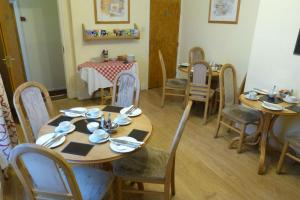 Hurst Dene Hotel, Bed & Breakfasts  Swansea - big - 34