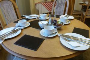 Hurst Dene Hotel, Bed & Breakfasts  Swansea - big - 45