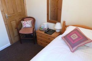 Hurst Dene Hotel, Bed & Breakfasts  Swansea - big - 9