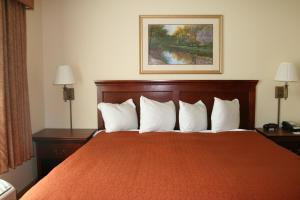 Country Inn and Suites Bentonville South