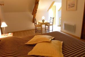 Ferme de Marpalu, Bed & Breakfast  La Ferté-Saint-Cyr - big - 10