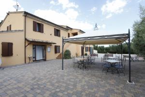 Agriturismo Acquarello, Venkovské domy  Lapedona - big - 34
