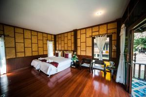 San Kam Phaeng Lake View Resort, Курортные отели  San Kamphaeng - big - 39