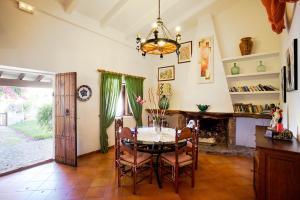 Villas Plomer Salas, Villen  Pollença - big - 32
