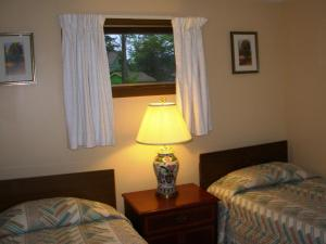 Double Room with Two Double Beds- Lakefront