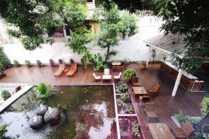 Feung Nakorn Balcony Rooms and Cafe, Hotels  Bangkok - big - 5