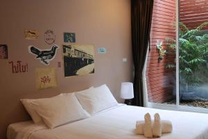 Feung Nakorn Balcony Rooms and Cafe, Hotels  Bangkok - big - 31