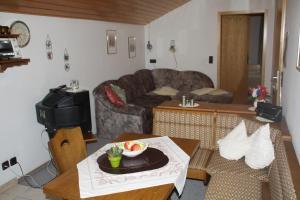 Haus Klumpp, Apartmány  Baiersbronn - big - 8